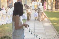 Cérémonie de mariage traditionnelle thaïlandaise Excepté le marié d'Approa photographie stock libre de droits