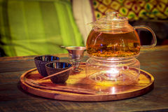 Cérémonie de thé avec des bâtons d'odeur Photo libre de droits