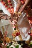 Cérémonie du feu à un mariage indou Ceylonese Images libres de droits