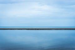 Céu, areia e mar Imagens de Stock