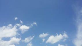 Céu azul bonito fotos de stock