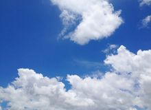 Céu azul claro Imagens de Stock Royalty Free