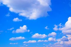 Céu azul com fundo 171019 0185 das nuvens Fotografia de Stock Royalty Free