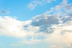 Céu azul com nuvem Imagem de Stock Royalty Free