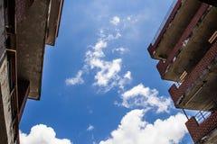 Céu azul com nuvem Imagem de Stock