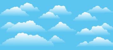 Céu azul com nuvens em um dia ensolarado imagens de stock