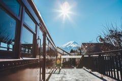Céu azul de Fuji Imagens de Stock