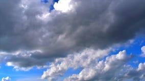 Céu azul de lapso de tempo video estoque