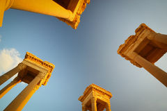 Céu azul de Tetrapylons Foto de Stock Royalty Free