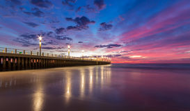 Céu azul do cais do por do sol do nascer do sol da arquitetura da cidade de Durban Imagem de Stock