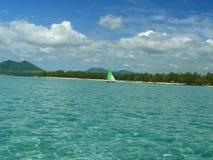 Céu azul do mar de Mauricius Imagem de Stock Royalty Free