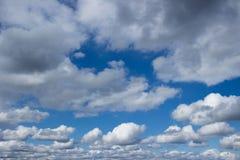 Céu azul e céu das nuvens Fotografia de Stock Royalty Free
