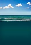 Céu azul e mar Imagem de Stock