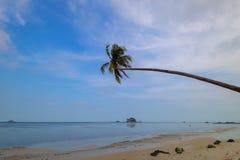 céu azul e nuvem Bintan maravilhoso Indonésia foto de stock