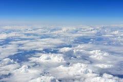 Céu azul e nuvens Foto de Stock