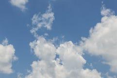 Céu azul na manhã Fotos de Stock