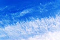 Céu azul nebuloso, céu Foto de Stock Royalty Free