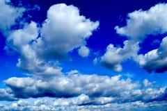 Céu azul saturado bonito Foto de Stock Royalty Free