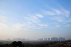Céu azul sobre Hefei China fotografia de stock