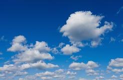 Céu bonito com nuvens foto de stock