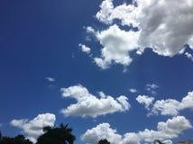 Céu brilhante Fotos de Stock