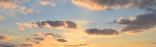 Céu brilhante do azul NYC Fotos de Stock Royalty Free