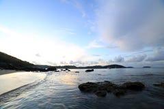 Céu da manhã no senador praia Phuket do Ao Fotos de Stock