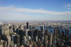 Céu da skyline de New York City Manhatten EUA fotos de stock