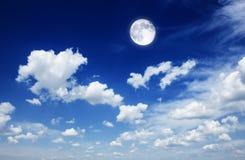 Céu da tempestade com nuvens imagem de stock