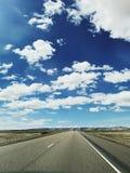 Céu da viagem por estrada fotografia de stock