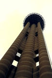 Céu de Dallas Texas da torre da reunião fotografia de stock