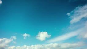 céu do dia da fotografia do Tempo-lapso 4k com laço macio do vídeo das nuvens video estoque