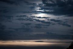 Céu do inverno da tarde mais atrasada Foto de Stock