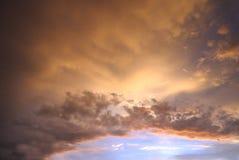 céu do origanum antes da chuva fotografia de stock