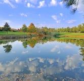 Céu do outono refletido Fotografia de Stock