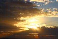 Céu dourado Imagem de Stock Royalty Free