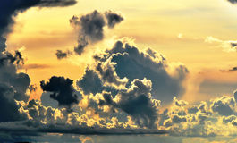 Céu dramático. Imagens de Stock