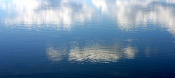 Céu e água Imagens de Stock
