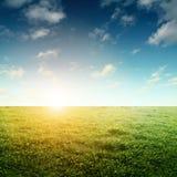 Céu e campo Imagem de Stock Royalty Free