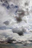 Céu e nuvens. Imagens de Stock