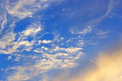 Céu e nuvens do por do sol Fotografia de Stock