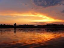 Céu e nuvens no lago Foto de Stock Royalty Free