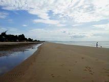 Céu e praia Imagem de Stock Royalty Free