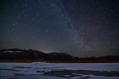 Céu estrelado acima do gelo Fotografia de Stock Royalty Free