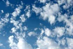Céu nebuloso e azul Imagens de Stock Royalty Free