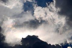 Céu nebuloso e azul Fotos de Stock Royalty Free
