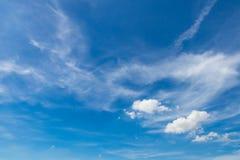 Céu nebuloso no dia Fotografia de Stock
