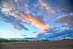 Céu nebuloso sobre Kansas foto de stock royalty free