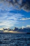 Céu nebuloso sobre o mar de adriático, Croácia Imagem de Stock