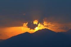Céu no fogo no por do sol Foto de Stock